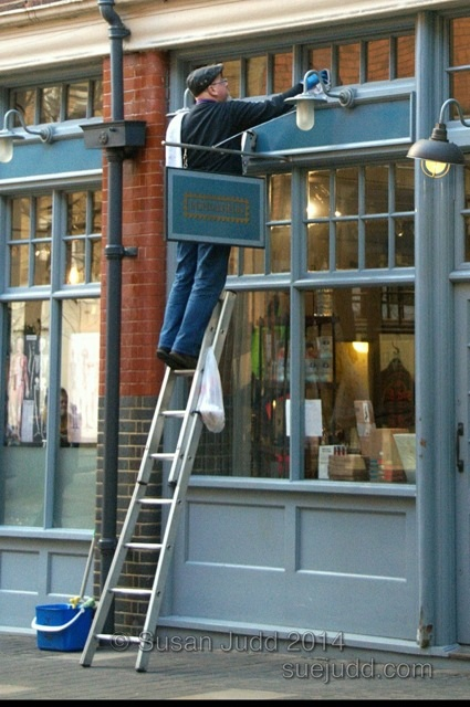 Cleaning windows, Spitalfields