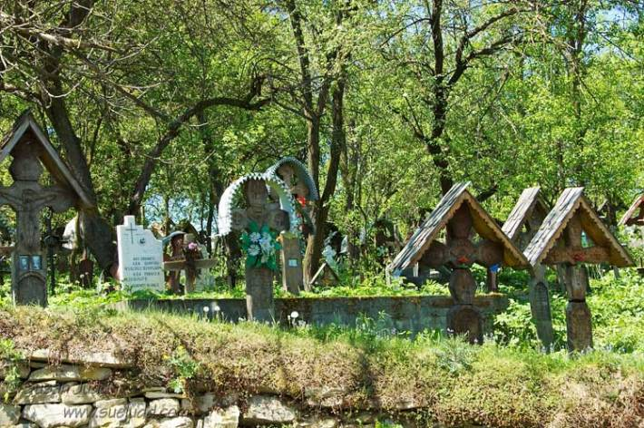Cemetery, Ieud
