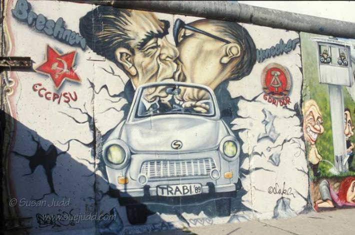 But is it Art: Cartoon Brezhnev and Honecker