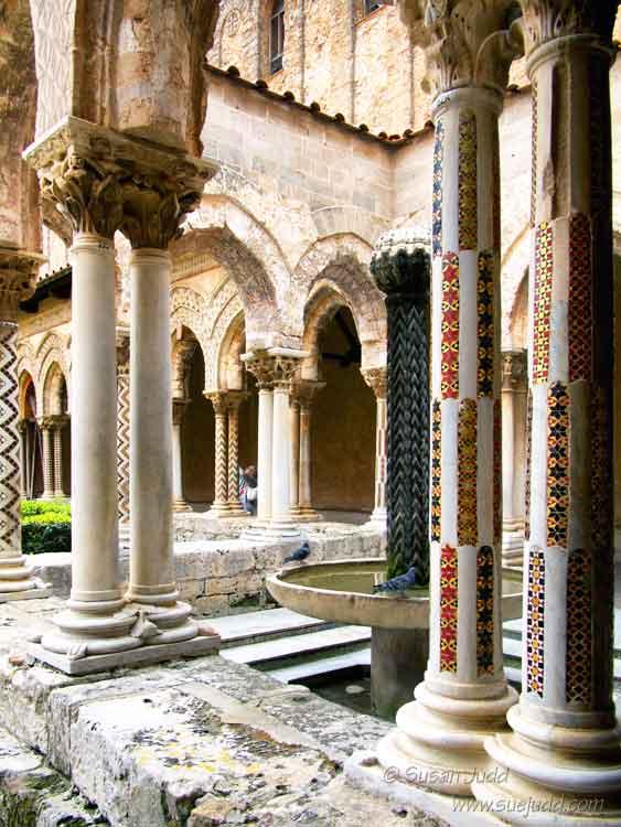 Monreale, small cloister