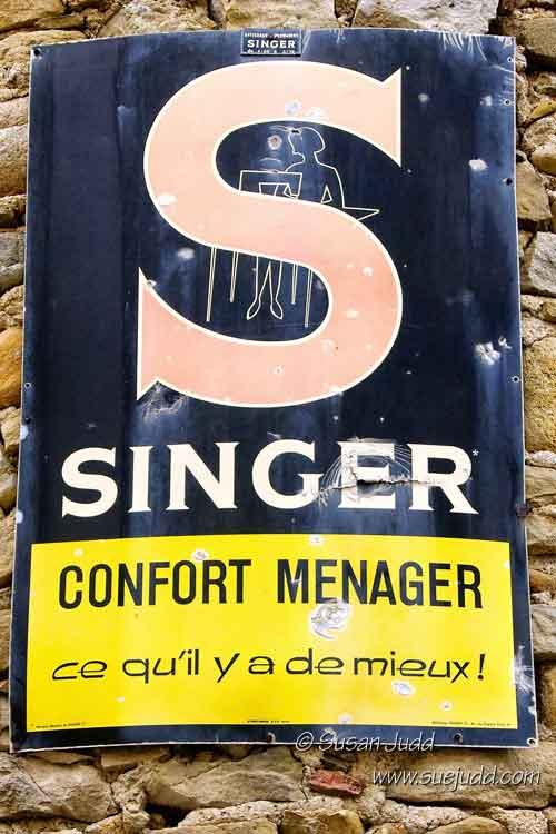 Old Singer advert