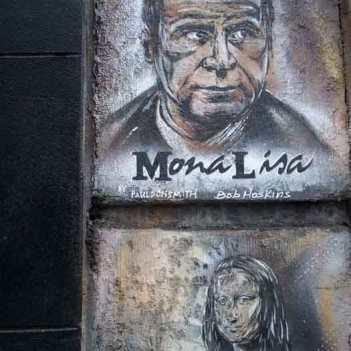 Bob as Mona